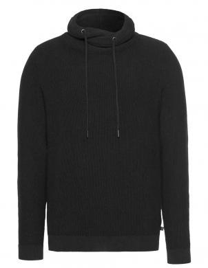Vīriešu melns džemperis ar regulējamu apkakli QS BY S. OLIVER