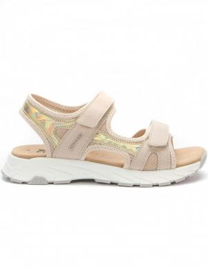 CROSBY sieviešu smilšu krāsas sandales