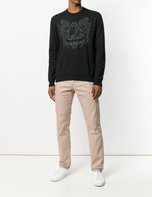Melnas krāsas vīriešus džemperis ar aplikāciju VERSACE JEANS