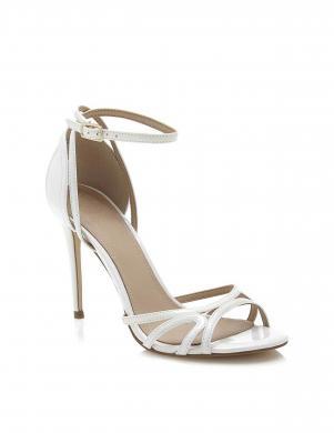 Sieviešu balti augstpapēžu apavi GUESS