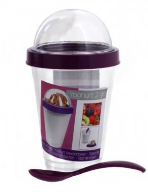 Plastmasas pārtikas trauks līdzņemšanai ar karoti YOGURT 2 GO violetā krāsā
