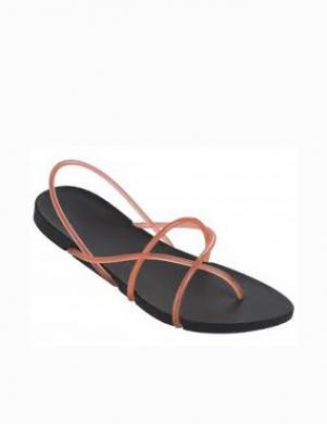 IPANEMA WITH STARCK sieviešu melnas pludmales sandales ar rozā jostu
