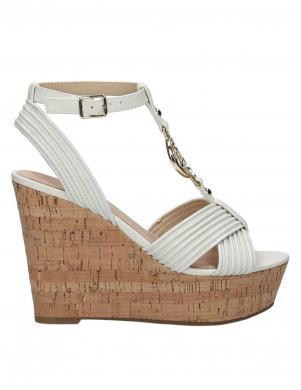 Sieviešu krēmīgas elegantas pilnpapēža sandales GUESS