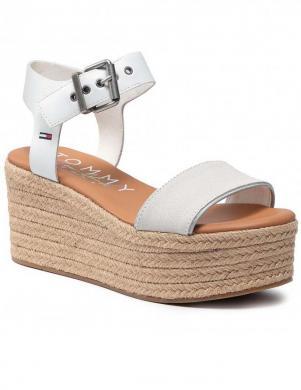 TOMMY JEANS sieviešu baltas sandales-espadrilles ESSENTIAL FLATFORM SANDAL