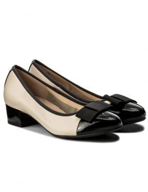 Sieviešu krēmīgas krāsas klasiski ādas apavi ar lakotu priekšdaļu CAPRICE
